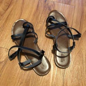 Black Mossimo strappy sandals, size 8